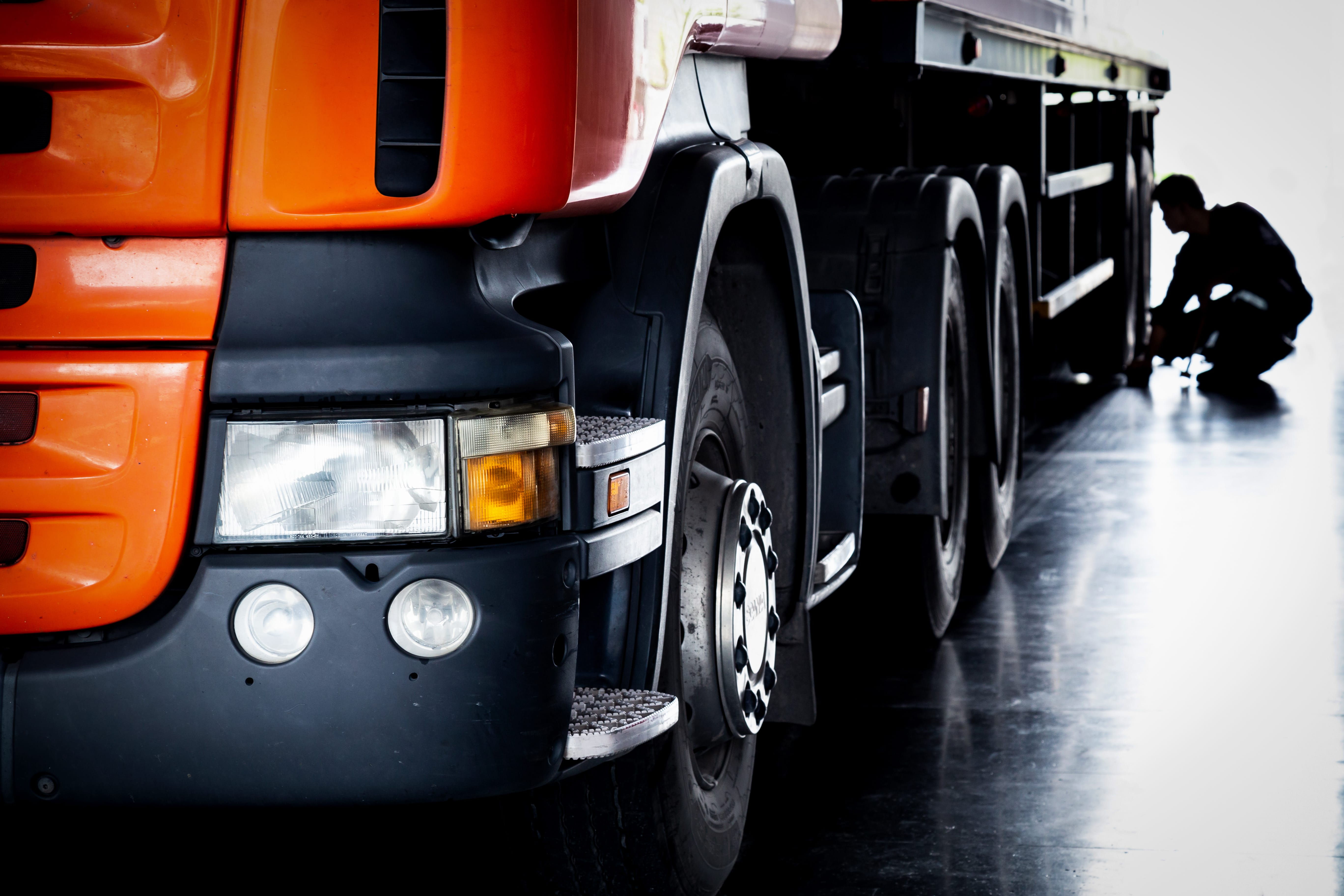Top 10 Tips on Maintaining your Truck